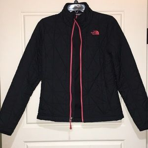 North face tamburello black quilted jacket xs